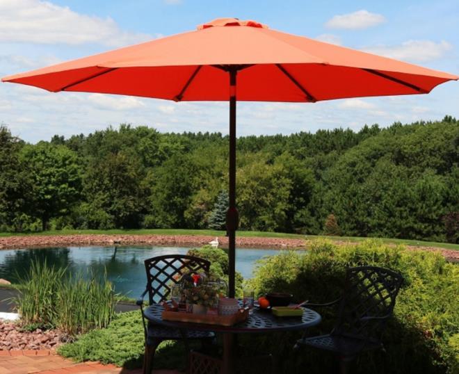 Sunnydaze 9-Foot Aluminum Spun-Poly Market Umbrella with Auto Tilt and Crank